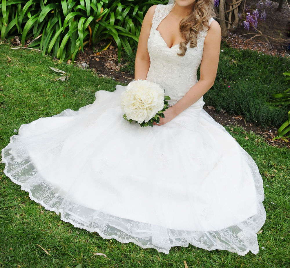 Essence Of Australia Wedding Dress D1264 Size 12 Mermaid